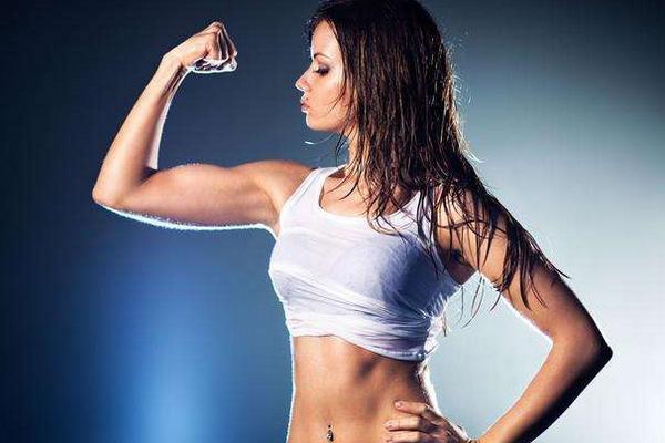 有健身基礎的人。停止鍛鍊一段時間。身體會發生那些變化 - 每日頭條
