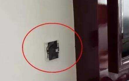 男子意外發現針孔攝像頭。1招教你排除酒店、房間所有針孔攝像頭 - 每日頭條