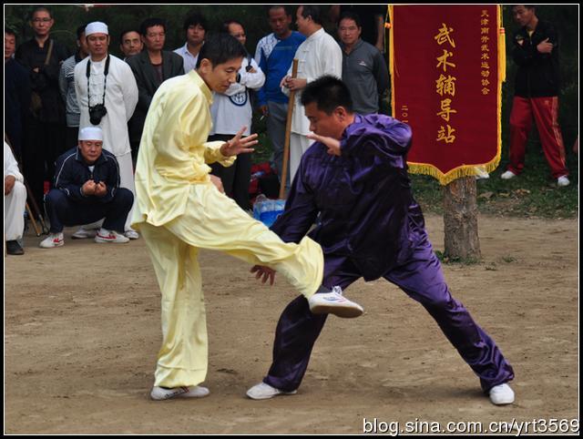 揭秘!為什麼傳統武術不敢上擂臺打實戰,而喜歡在鏡頭上表演。 - 每日頭條