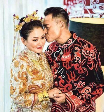 香港某明星結婚女方身材顏值不敢恭維,開個門紅包9億?愛情魅力 - 每日頭條