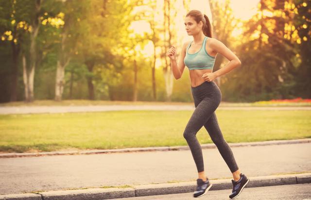 跑步減肥,什麼時間段效果最好?早上還是晚上? - 每日頭條