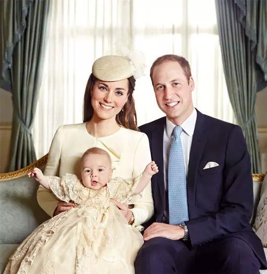 重要通知:英國小公主,王室第四繼承人誕生啦! - 每日頭條