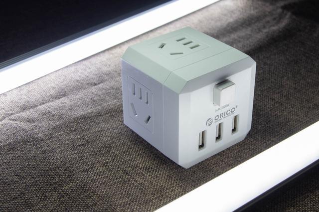 輕便隨行充電小魔方——ORICO電力方插座體驗 - 每日頭條