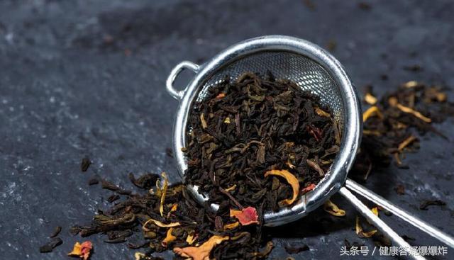 黑茶的功效與作用是什麼。都有什麼好處呢?三類人群很適合喝黑茶 - 每日頭條