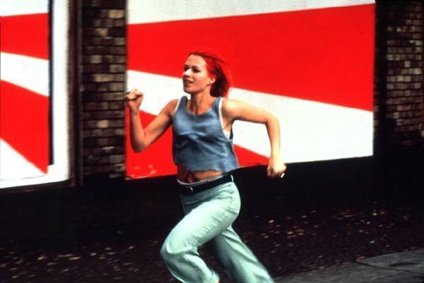 《羅拉快跑》:由不停奔跑引發的人生思考 - 每日頭條