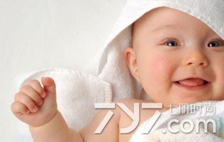 寶寶多汗是什麼原因 病理性性多汗應引起重視 - 每日頭條