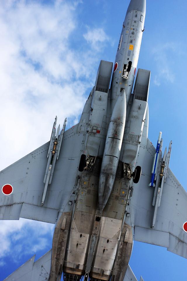 日軍被中國拖得疲於奔命 妄圖用F15對抗殲20純屬自尋死路 - 每日頭條