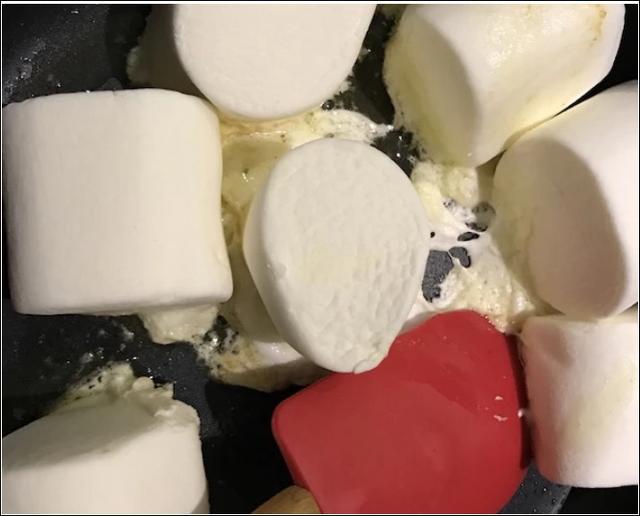 棉花糖不要在做牛軋糖了。來試試做成巧克力燕麥脆。甜而不膩! - 每日頭條
