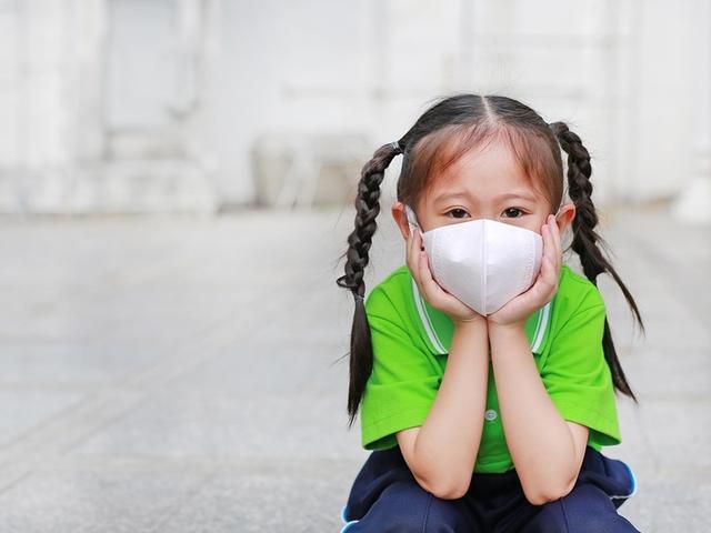冬季降溫、空氣污染。孩子打噴嚏、鼻塞。5招遠離 - 每日頭條