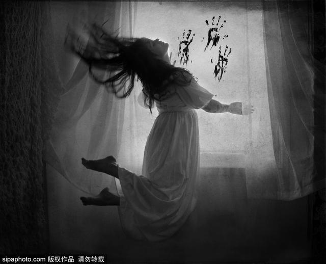 黑白攝影作品 展示雙向情感障礙癥攝影師眼中的「陰暗面」 - 每日頭條