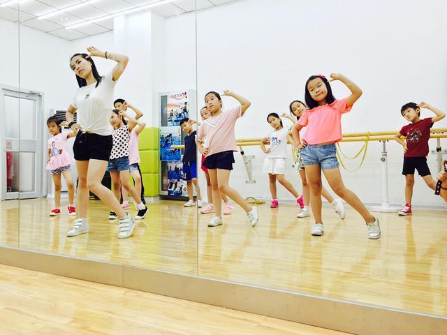 小孩學跳舞有什麼好處?濟南舞蹈培訓 濟南少兒舞蹈班 兒童舞蹈班 - 每日頭條