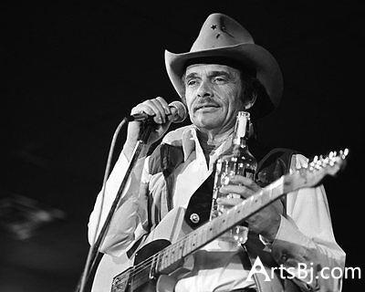 美國鄉村歌手梅爾·哈加德去世 享年79歲 - 每日頭條