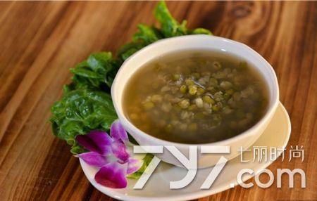 喝綠豆湯能減肥嗎 夏季推薦綠豆湯減肥法 - 每日頭條