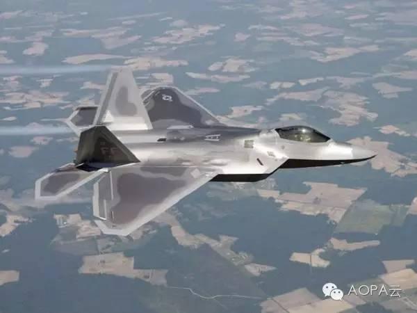 「航空史上的今天」美國第五代戰鬥機F-22「猛禽」戰鬥機首次亮相 - 每日頭條