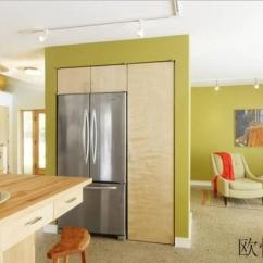 Green Kitchen Decor Maple Table 绿色厨房装修效果图 绿色控必看 你要的都在这里 每日头条 今天绿色控的福利来了 小编搜罗整理了一大波绿色厨房装修效果图 总有一款适合你 拿去用 不用谢