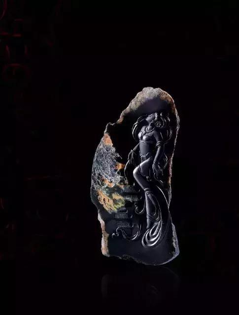翡翠品種:情人的影子——墨翠 - 每日頭條