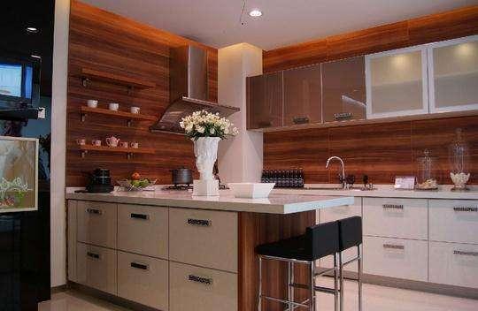 majestic kitchen cabinets stools ikea 厨房柜门用什么材料好厨房柜门用什么颜色好 每日头条 厨房柜门用什么材料好 什么颜色适合厨柜门 当我们购买橱柜产品时 橱柜所用的材料分为多种 据了解 不同材料的橱柜门的材料是有很大的不同