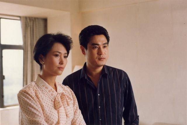 52歲演員左翎的婚姻生活 - 每日頭條