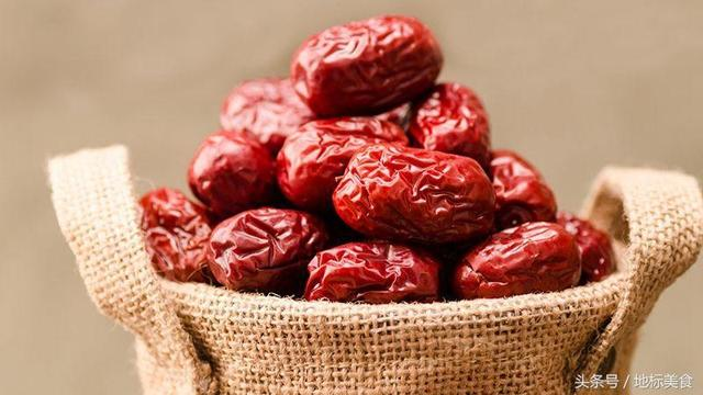 大多數人都不知道,紅棗要這麼吃才最養生!建議收藏 - 每日頭條