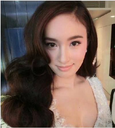 最美泰國人妖,周潤發張家輝古天樂都搶著跟他合影,比女人更美 - 每日頭條