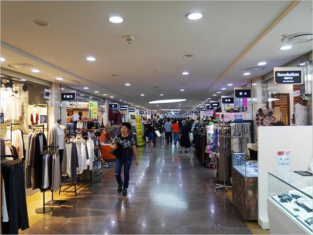 韓國逛街好去處。首爾3大地下購物街推薦 - 每日頭條