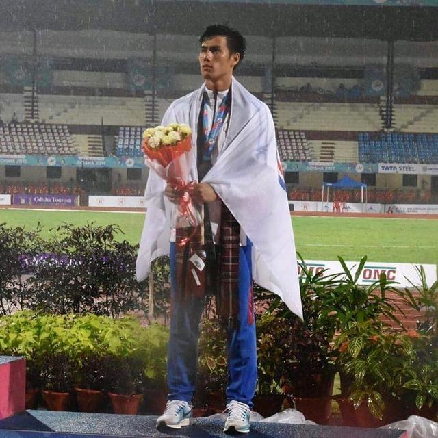 亞洲百米選手身高多高才最合適?蘇炳添1米71,謝震業1米83 - 每日頭條
