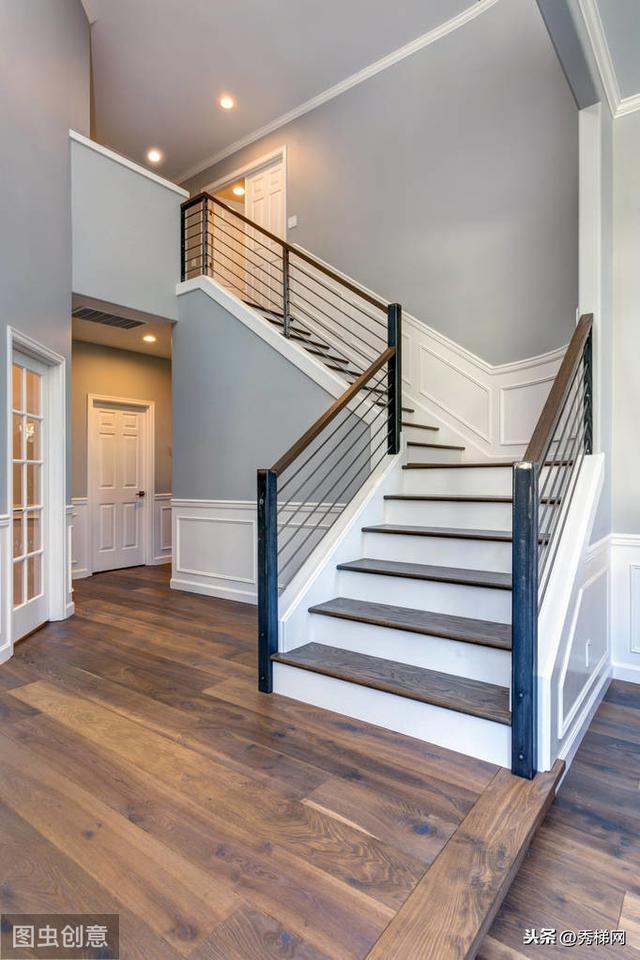 這幾款鋼木樓梯,還是比較適合小戶型的 - 每日頭條