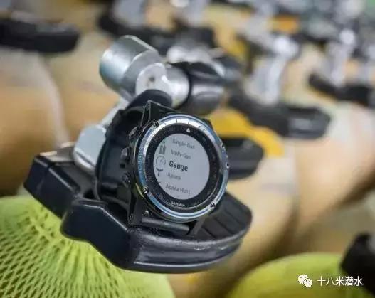值得買|Garmin 發布首款潛水電腦表 Descent Mk1! - 每日頭條
