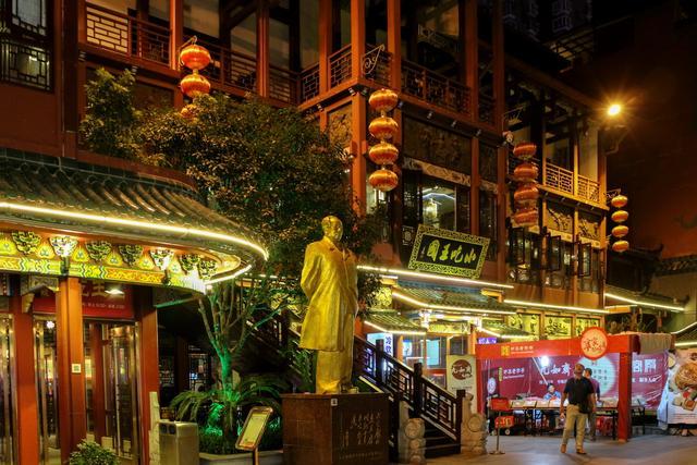 夜色中長沙最熱鬧的太平老街和坡子街 - 每日頭條