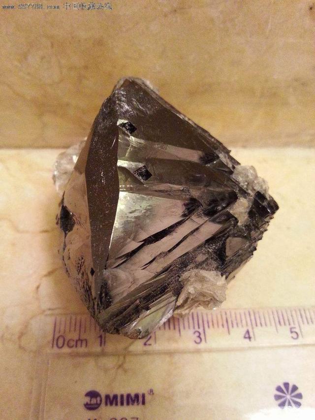 與錫礦和鎢礦伴生的高顏值玉石和寶石 - 每日頭條