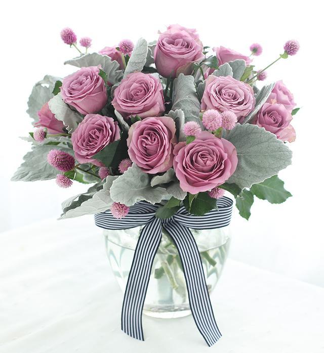 家居花藝|玫瑰,非洲菊,洋桔梗等常見花材的瓶插建議! - 每日頭條