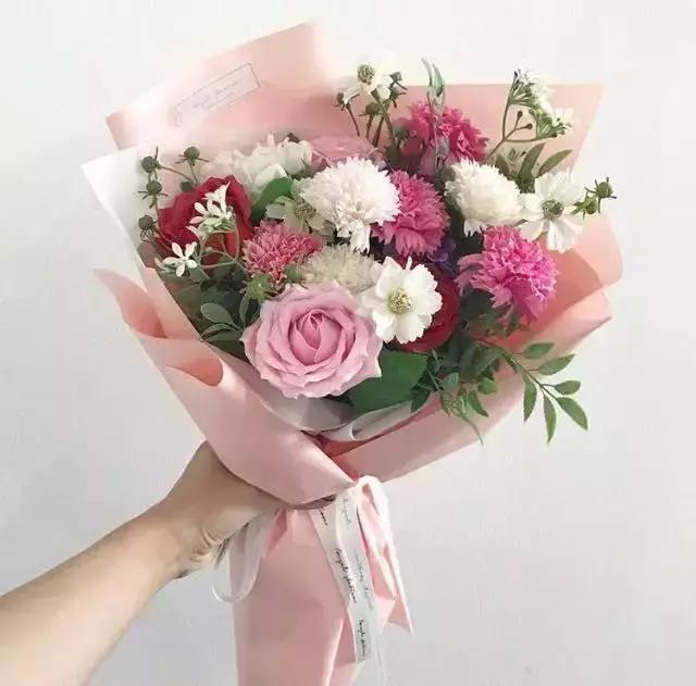 如何才能包出漂亮的韓式花束? - 每日頭條