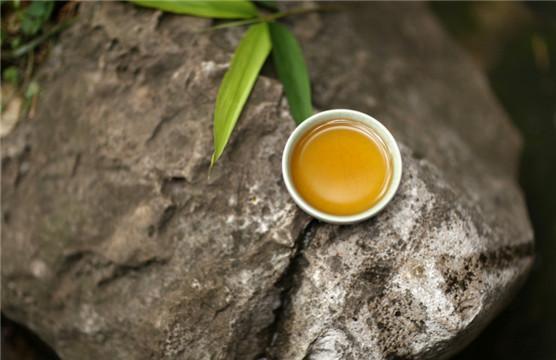 中國名茶竹葉青茶。你了解嗎? - 每日頭條