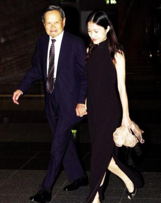 結婚12年94歲楊振寧與40歲翁帆的婚姻為何比年輕人更牢固? - 每日頭條