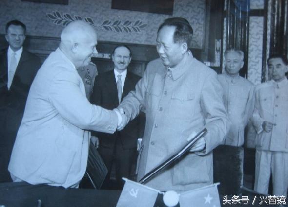 1957年。毛主席如何把握這次機會。迫使赫魯雪夫做出了讓步 - 每日頭條