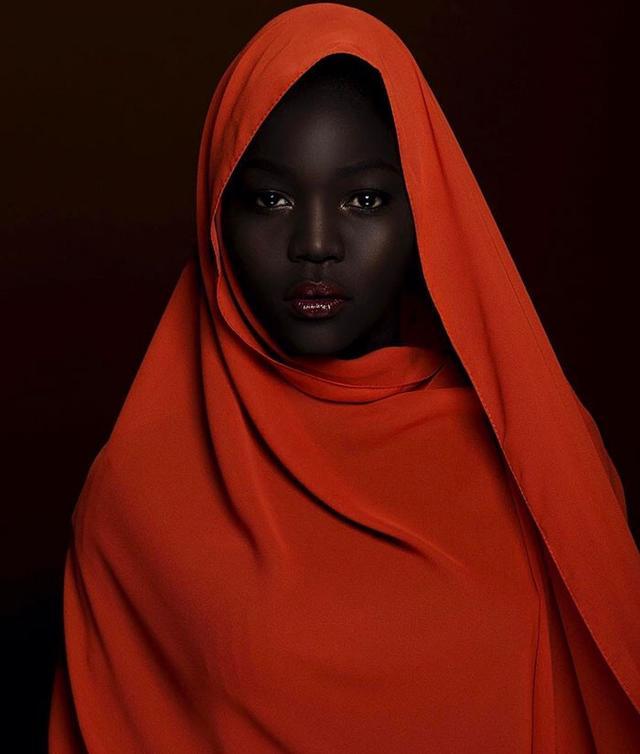 她是黑暗女王,伏地魔留成了大油頭 - 每日頭條