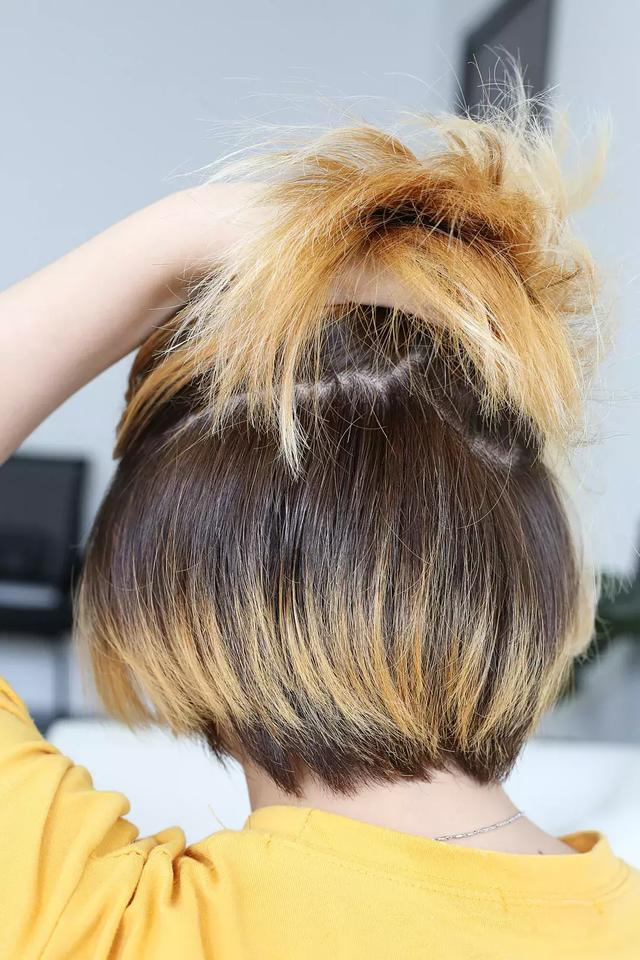 千萬不要沒事自己染頭髮。因為一不小心就…… - 每日頭條