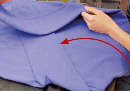 厚衣服怎麼疊省空間 冬季厚衣服摺疊不占空間技巧 - 每日頭條