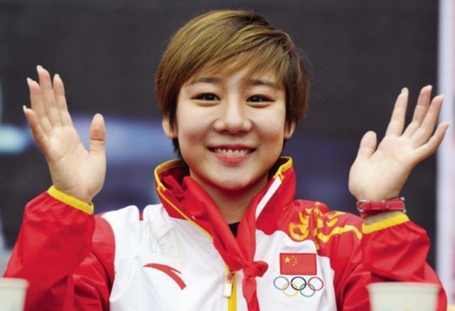 體操冠軍鄧琳琳,退役八年「二次發育」成女神,人生不止奧運經歷 - 每日頭條