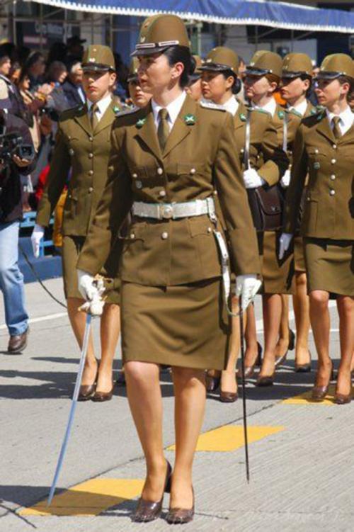 戰爭請讓女人走開,盤點各國最漂亮女兵,跟明星似的! - 每日頭條