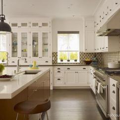 Ikea Kitchen Bar 2 Seat Table 宜家厨房收纳技巧大放送 滚蛋吧脏乱君 每日头条 宜家厨房收纳技巧大放送二 偏工业风设计的家居里 厨房的布置也是相当的现代化 简洁实用 洗手台两旁的矮架上设计了一层又一层的铁杠 各种锅碗瓢盆都不愁如何归置
