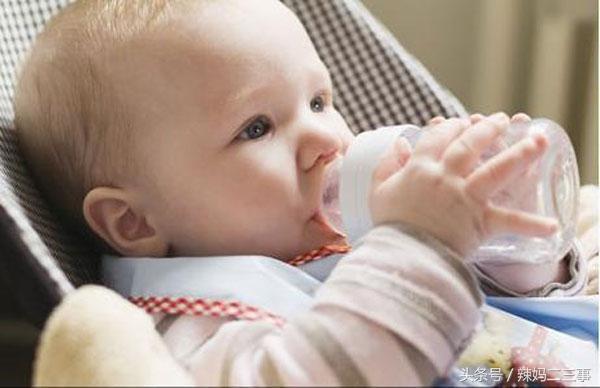 斷奶後寶寶不吃奶瓶不喝奶粉怎麼辦 為什麼寶寶不吃奶瓶喝奶粉 - 每日頭條