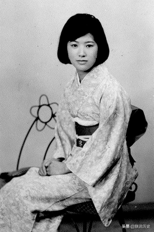 1930年代的日本,隨著聖德太子這個神人的產生,璟瑟,可以說服裝和彌生時代差別不大,下 至平民,日本的吳服__新浪網-北美