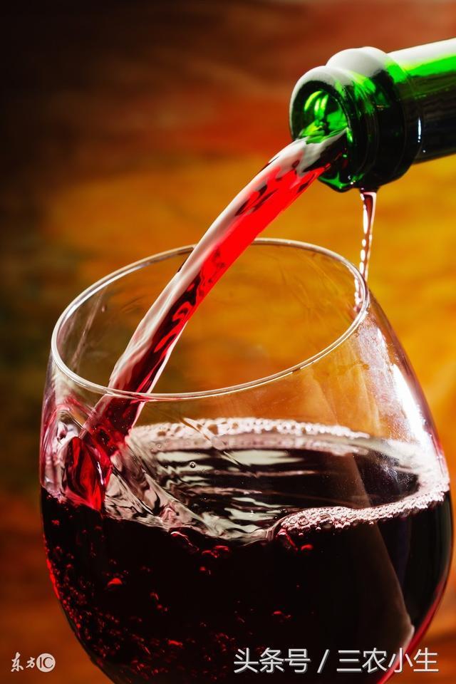 喝自釀葡萄酒險失明!你是在釀葡萄酒還是在給自己配「毒藥」? - 每日頭條
