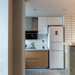 Kitchen Shades Wood Countertops 厨房色调选择有讲究 嗯 可以看看 每日头条 今天装修公司的小编吃吃瓜 趁秋风 与大家说一说厨房的颜色搭配技巧
