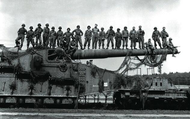 K5列車炮:二戰德國著名巨炮,要是沒有轟炸機就無敵了 - 每日頭條