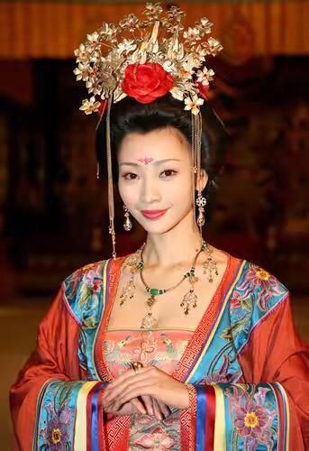 她貴為皇后,張良娣 (?~762)唐鄧州向城(今河南省南陽市東北)人,最後被宦官處死 - 每日頭條