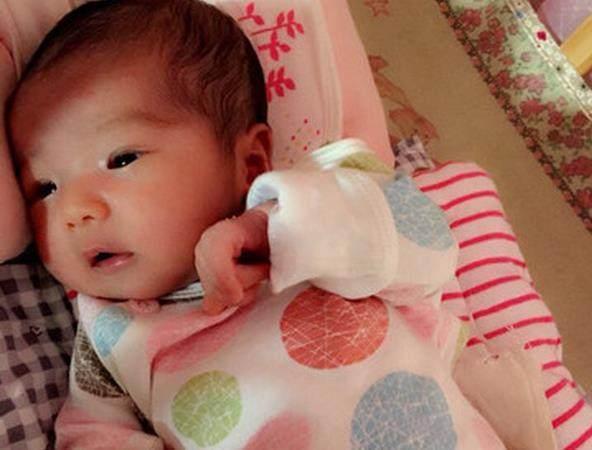 寶寶一生下來眼睛很小,以後會變大嗎?單眼皮會長成雙眼皮嗎? - 每日頭條