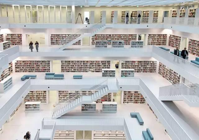 「老佛爺「向我們再次證明,天堂就應該是圖書館的模樣 - 每日頭條