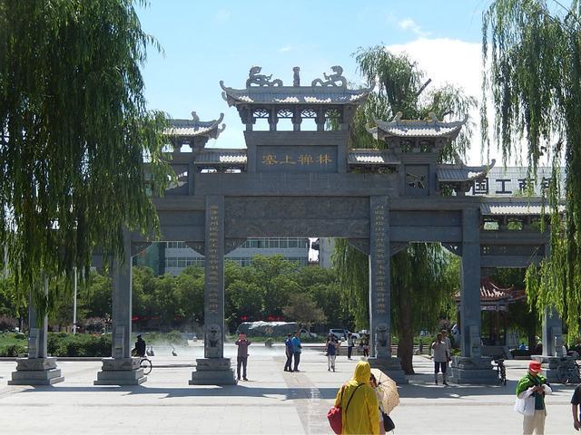 甘肅張掖大佛寺。絲綢之路令人震撼的名勝 ——西行漫記之十二 - 每日頭條